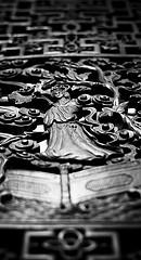 carving-from-below-240.jpg
