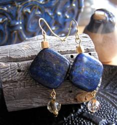 Earrings 234x250